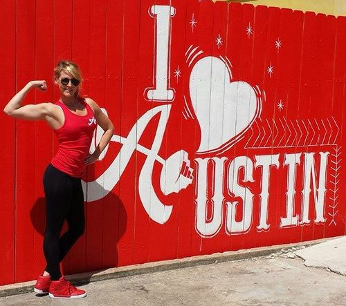 Personal-trainer-outside-of-austin-simply-fit-south-location